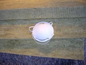 Laine de roche et masque anti-poussière